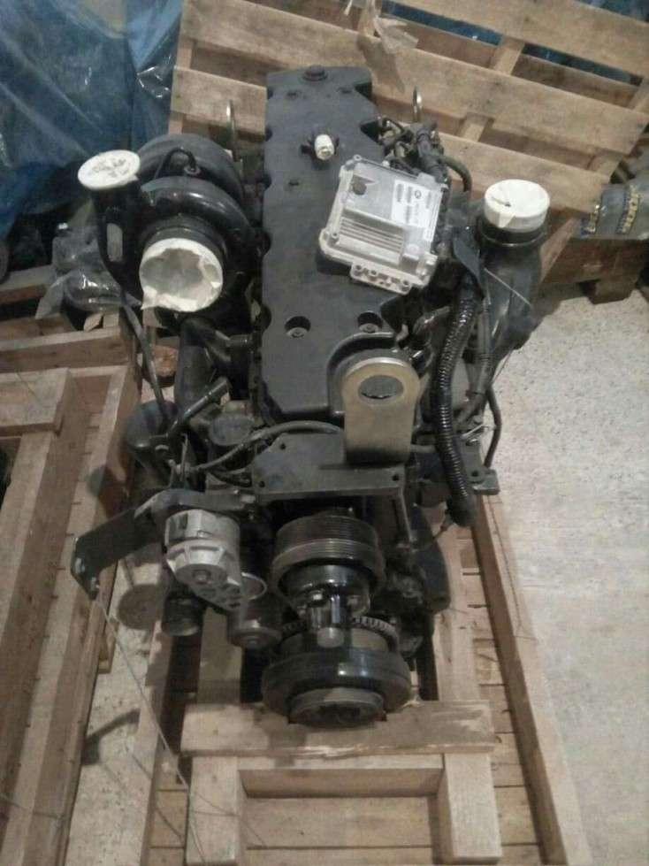 Lot de moteurs neufs
